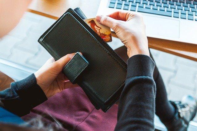 Carte di Credito e Carte Prepagate Anonime: Esistono? Quali Sono, Vantaggi e Svantaggi