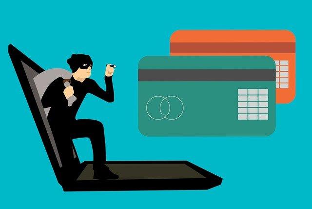 Blocco Carta di Credito per Furto o Smarrimento: Cosa Fare, Come Funziona, Numeri da Chiamare, Come Fare Denuncia