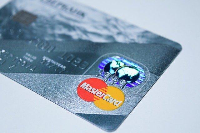 Migliori Carte Aziendali: Qonto e Soldo Confronto e Recensione